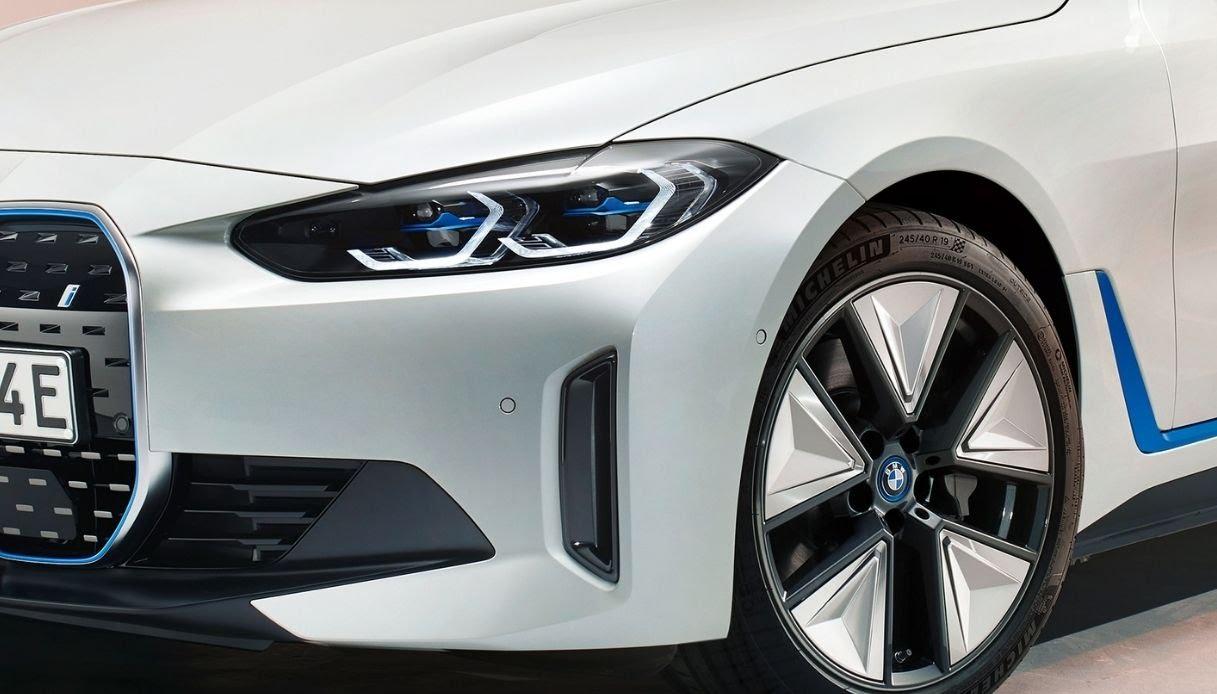 BMW i4, svelata la nuova Gran Coupé della Casa tedesca